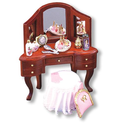 Кукольный туалетный столик своими руками 99